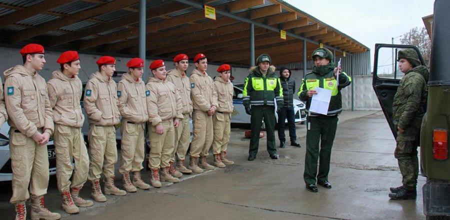 Для допризывной молодежи республики провели экскурсию по воинской части 42-ой мотострелковой дивизии